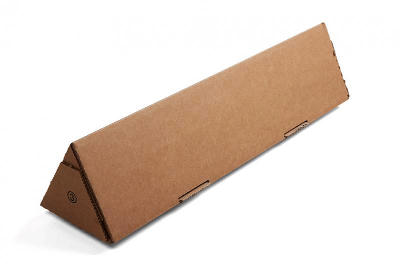 Conditionnement pour envoyer des posters ou affiches en tubes triangulaires - DS Routage